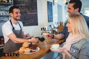 6 Reasons Why Restaurants are Going Completely Cashless